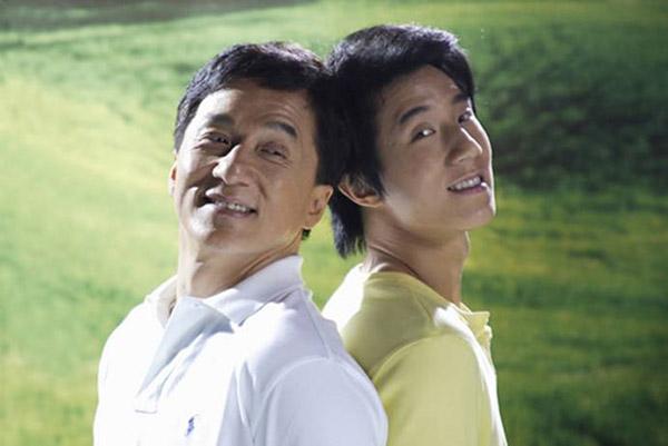 Хятадын тэргүүлэх 16 кино ба телевизийн компанууд Жеки Чаны эсрэг мэдэгдэл гаргалаа